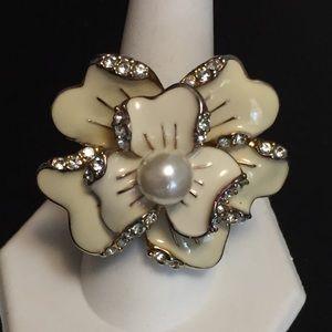 Vintage Enamel Rhinestone Pearl Flower Ring